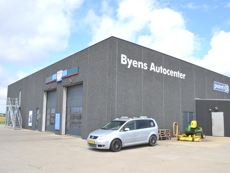 Nybygning af Byens Auto i Hvide Sande