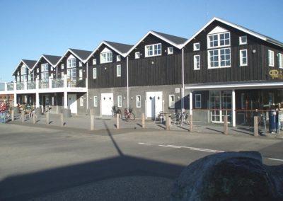 Erhvervsbygningen Under Broen i Hvide Sande
