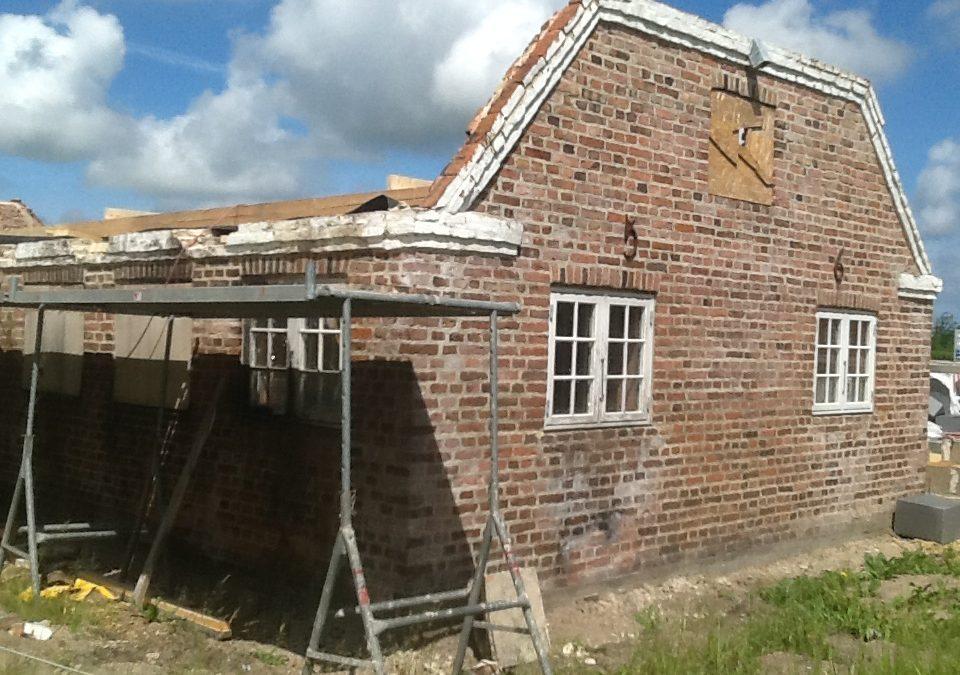 Genopbygning af Fahl Kro