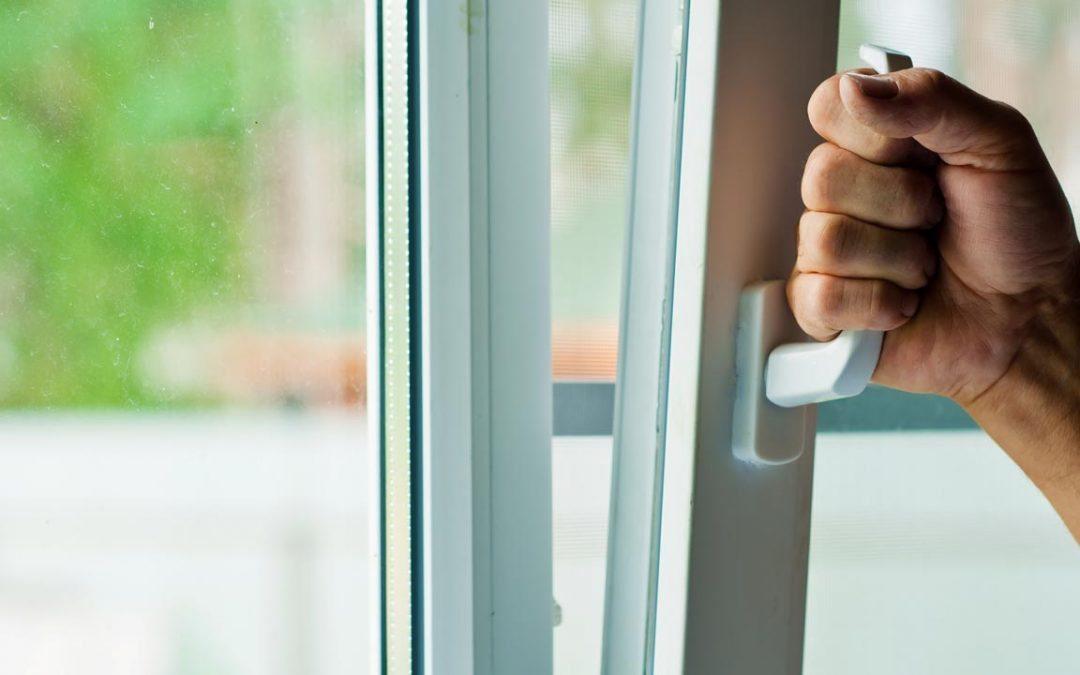 Vedligehold af vinduer og døre